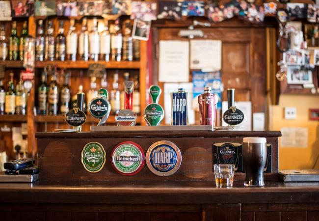 The Executive sets date for reopening of 'wet pubs' in Northern Ireland