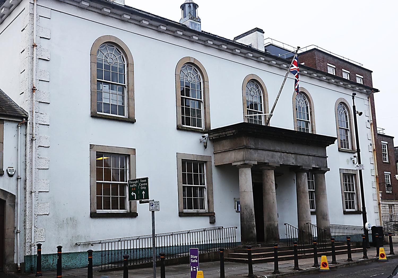 Suspended sentence for Enniskillen man who assaulted police
