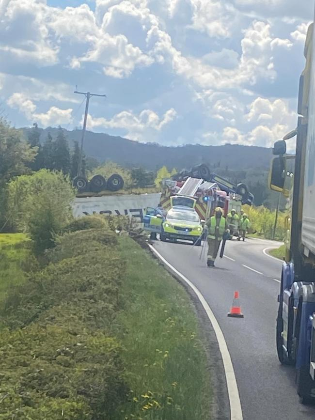 The overturned lorry. Credit Vik Watters.